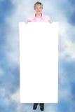 Leeg Teken ForText die door Glimlachende Vrouw wordt gehouden royalty-vrije stock afbeeldingen