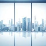 Leeg wit binnenland met grote vensters Stock Foto's