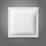Leeg wit plastic sachet voor geneeskunde, condooms, Stock Afbeelding