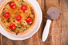 Leek and tomato quiche. Royalty Free Stock Images
