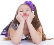 Leende av de härliga 6 åren gammal flicka Fotografering för Bildbyråer