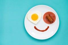 Leende för söt frukost med förälskelse Royaltyfria Foton