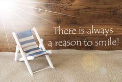 Leende för sommarSunny Greeting Card And Quote alltid anledning Royaltyfri Fotografi