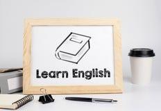 Leer het Engels Bureaulijst met houten kader, ruimte voor tekst Royalty-vrije Stock Foto's