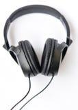 Leer zwarte hoofdtelefoons Stock Afbeelding