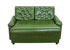 Leerbank op witte achtergrond wordt geïsoleerd die Moderne stoel met groene kleur Knippende weg stock afbeeldingen