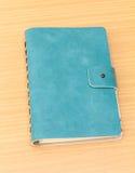 Leerdekking van groen notitieboekje Stock Fotografie