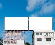 Leere Anschlagtafel für neue Anzeige Stockfotografie