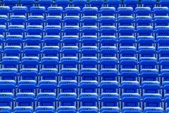 Leere blaue Zuschauertribünen Lizenzfreies Stockfoto