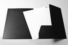 Leere Briefköpfe und Ordner Stockbild