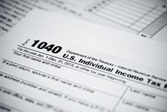Leere Einkommenssteuerformen. Amerikaner-Individualeinkommen-Steuererklärungsform 1040. Stockbild
