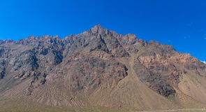 Leere felsige Berge nahe Aconcagua-Spitze Stockbild