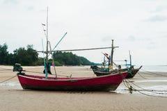 Leere Fischerboote Stockbilder