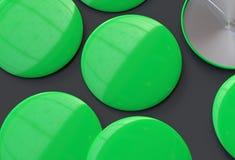 Leere grüne Ausweise Lizenzfreie Stockfotos