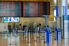 Leere Halle im israelischen Flughafen Ben Gurion am Samstag (Shabbat) Stockbilder
