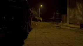 Leere kleine Straße in den Elendsvierteln der Hauptstadt von Indien lizenzfreie stockbilder