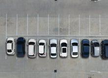 Leere Parkplätze im Supermarkt, Vogelperspektive Lizenzfreie Stockfotos
