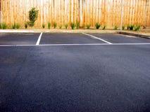 Leere Parkplätze Stockfotos