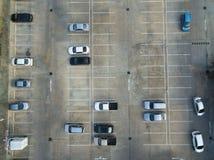 Leere Parkplätze, Vogelperspektive Stockfoto