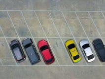 Leere Parkplätze, Vogelperspektive Stockbild