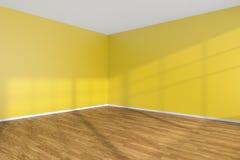 Leere Raumecke mit gelben Wänden und hölzernem Parkettboden Lizenzfreie Stockbilder