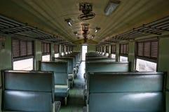 Leere Sitze auf Zug Stockbild