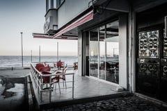 Leere Sommer-Stadt in der Türkei Stockfotos
