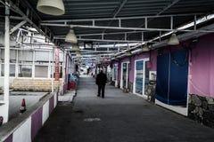 Leere Sommer-Stadt in der Türkei Stockfotografie