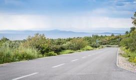 Leere Straße auf Hvar-Insel, Kroatien stockfotografie