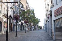 Leere Straße in Charleroi lizenzfreie stockbilder