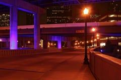 Leere Straße nachts Stockfotografie