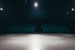 Leere Theaterstufe Stockfotos