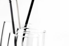 Leere transparente Gläser Stockfotos