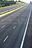 Leeren Sie die Landstraße mit 8 Wegen wegen des Straßen- und Brückenbaus Stockfoto