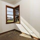 Leeren Sie Raum mit Fenster. lizenzfreie stockfotografie