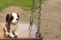 Leeren Sie Schwingen Das verlorene Kind Stockfoto