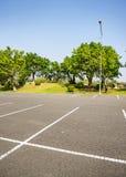 Leerer öffentlich Park des RaumParkplatzes im Freien Lizenzfreie Stockbilder