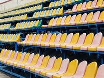 Leerer Abschnitt des Stadions lizenzfreies stockbild