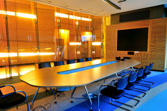 Leerer Büro-Konferenzsaal Stockbild