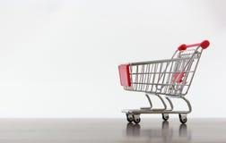Leerer Einkaufswagen Stockfotos