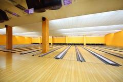 Leerer heller Bowlingspielklumpen Stockbilder