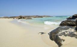 Leerer idyllischer Strand Australien lizenzfreies stockfoto