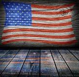 Leerer Innenraum mit Farben der amerikanischen Flagge Lizenzfreies Stockfoto
