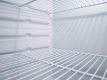 Leerer Kühlraum von innen lizenzfreie stockfotografie