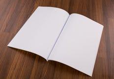 Leerer Katalog, Zeitschriften, Buchspott oben stockfotos