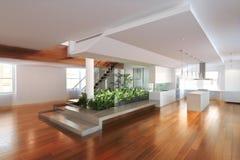 Leerer Raum des Wohnsitzes mit einer Atriummitte Stockfoto