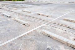 Leerer Raum für Autos, Autoparken im Freien Stockfoto