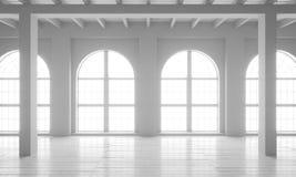 Leerer Raum mit großen Fenstern, Parkettböden und rauen Wänden Stockbilder