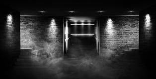 """Leerer Raum, Treppe oben, Aufzug, Rauch, Smog, Neonlichter, Laternen Ð¯Ð·Ñ ‹Ðº кГ ÑŽÑ-‡ Ð?Ð ² Ñ ‹Ñ… Ñ  Ð"""" Ð-¾ Ð ²: Englisch stockfotos"""