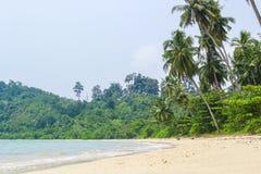 Leerer Sand des Strand-freien Raumes in Poncan-Insel Sibolga Indonesien Lizenzfreies Stockbild